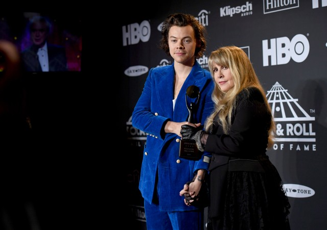 Stevie Nicks & Harry Styles @ 2019 Rock & Roll Hall Of Fame Induction