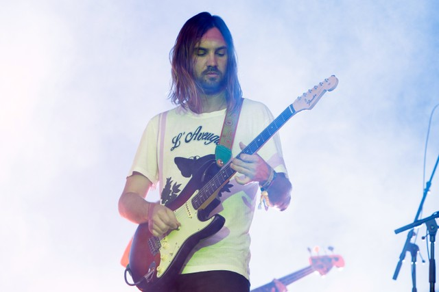 57df0badcd41 Tame Impala Book SNL, Share New Music Snippet - Stereogum
