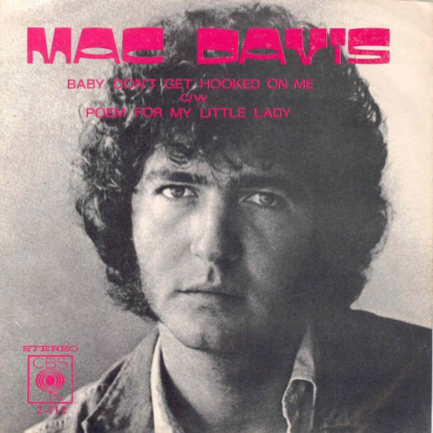 Mac-Davis-Baby-Dont-Get-Hooked-On-Me