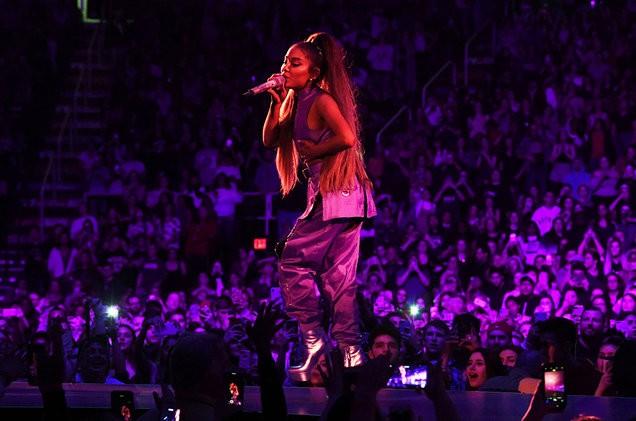 Opening-Night-Ariana-Grande-Sweetener-World-Tour-billboard-1548-1553650706