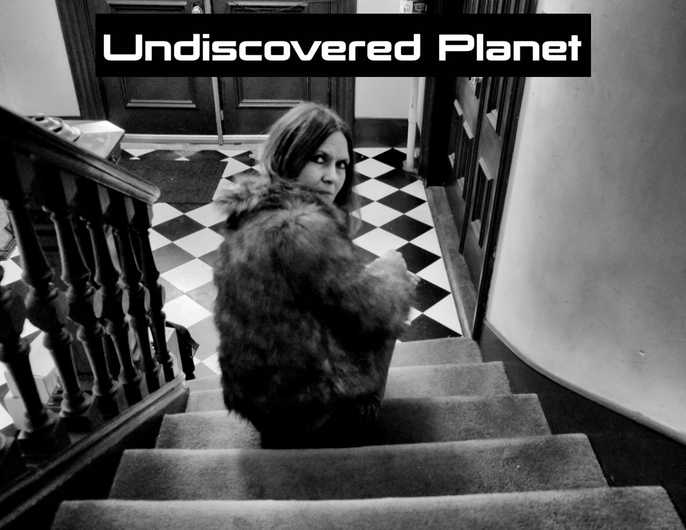 Undiscovered-Planet-PosterbyDavidDoobinin-1554871086