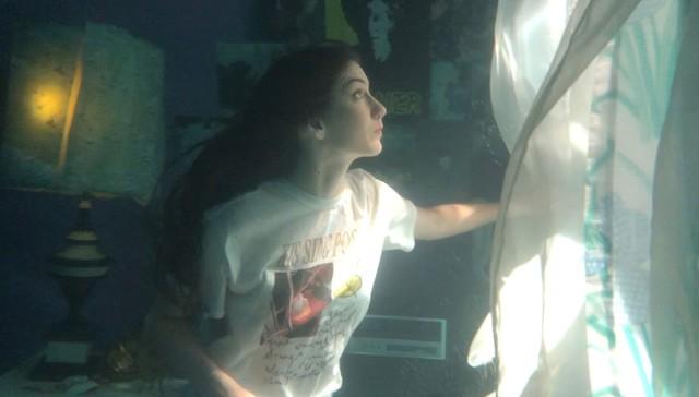 Weyes Blood 'Titanic Rising' Album Cover Shoot