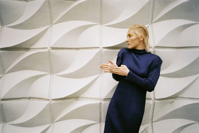 Cate Le Bon Finds New Structure