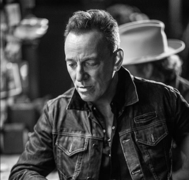 Bruce-Springsteen-Tucson-Train-Video