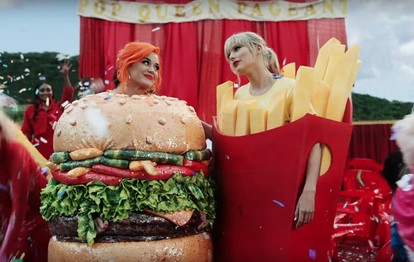 Katy Perry And Taylor Swift Bury The Hatchet In