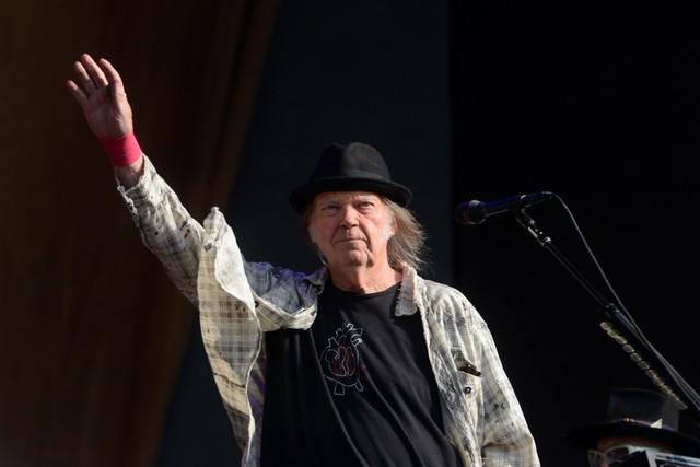Neil Young announces new album 'COLORADO'
