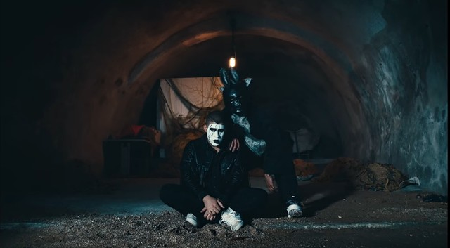 J-Balvin-and-Bad-Bunny-video