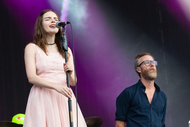 Lauren-Mayberry-The-National