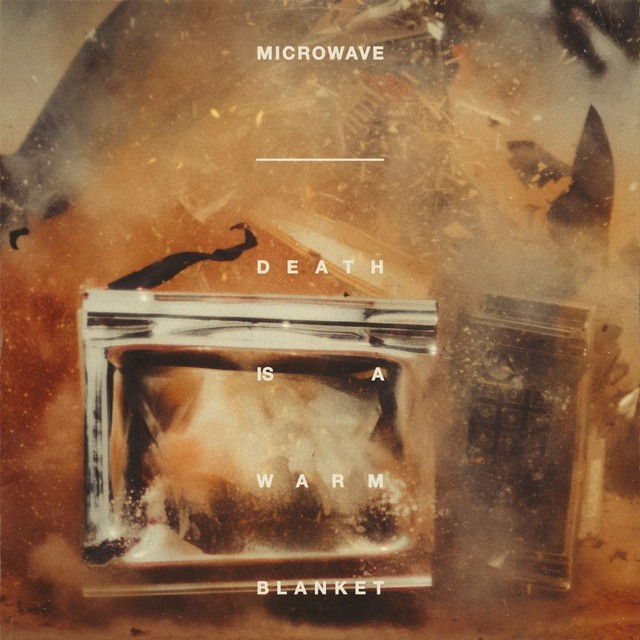 microwave-death-warm-blanket-1564669573-640x640-1568122132
