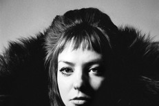 Angel-Olsen-All-Mirrors