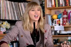 Taylor-Swift-Tiny-Desk