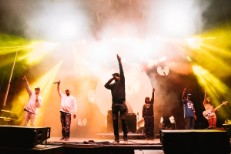 (Most Of) Wu-Tang Clan Close Out Desert Daze With Khruangbin, (Some Of) <em>36 Chambers</em>