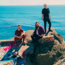 Band To Watch: Glass Beach