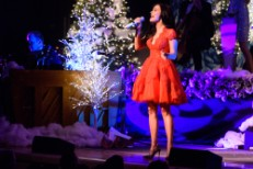 Kacey Musgraves: A Very Kacey Christmas Tour - New York, New York