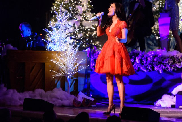 Kacey Musgraves: A Very Kacey Christmas Tour - New York, New York