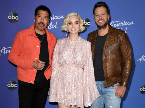 """Lionel Richie Is Getting His Coronavirus """"We Are The World"""" Remake — With American Idol Alumni"""