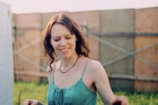 gillian-welch-mothers-day-1588900233