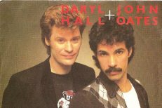 Hall-And-Oates-Maneater