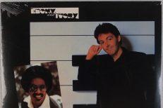 Paul-McCartney-and-Stevie-Wonder-Ebony-And-Ivory