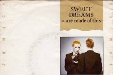 Eurythmics-Sweet-Dreams