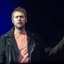 Singer Leaves Kasabian, Admits To Assaulting Ex