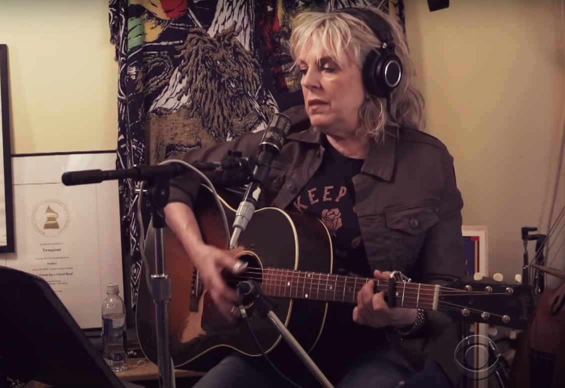 Lucinda-Williams-on-Colbert