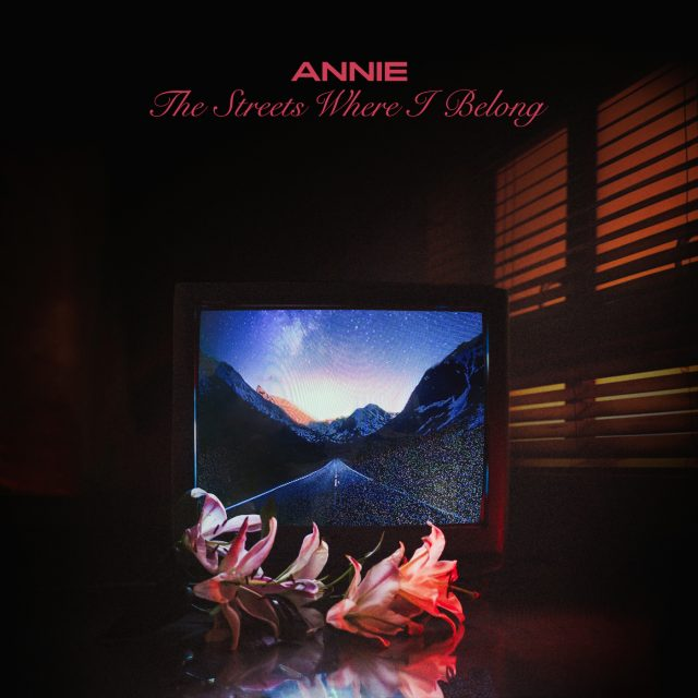 "Annie - ""The Streets Where I Belong"""