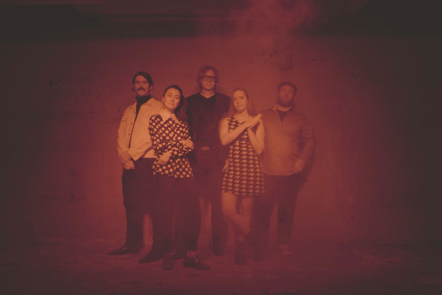 "The Besnard Lakes Announce New LP, Share ""Raindrops"": LIsten - Stereogum"