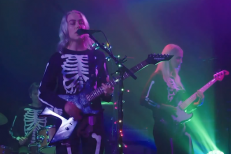 phoebe-bridgers-save-our-stages-1603040643