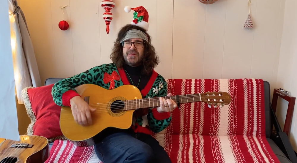 "Lou Barlow – ""Glittery"" (Kacey Musgraves Cover)"