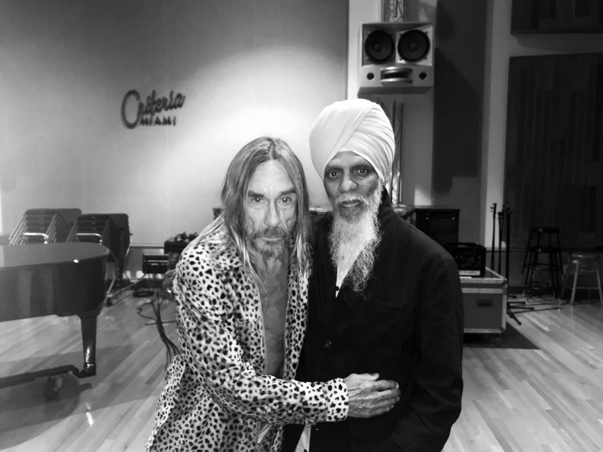"Dr. Lonnie Smith & Iggy Pop – ""Sunshine Superman"" (Donovan Cover)"