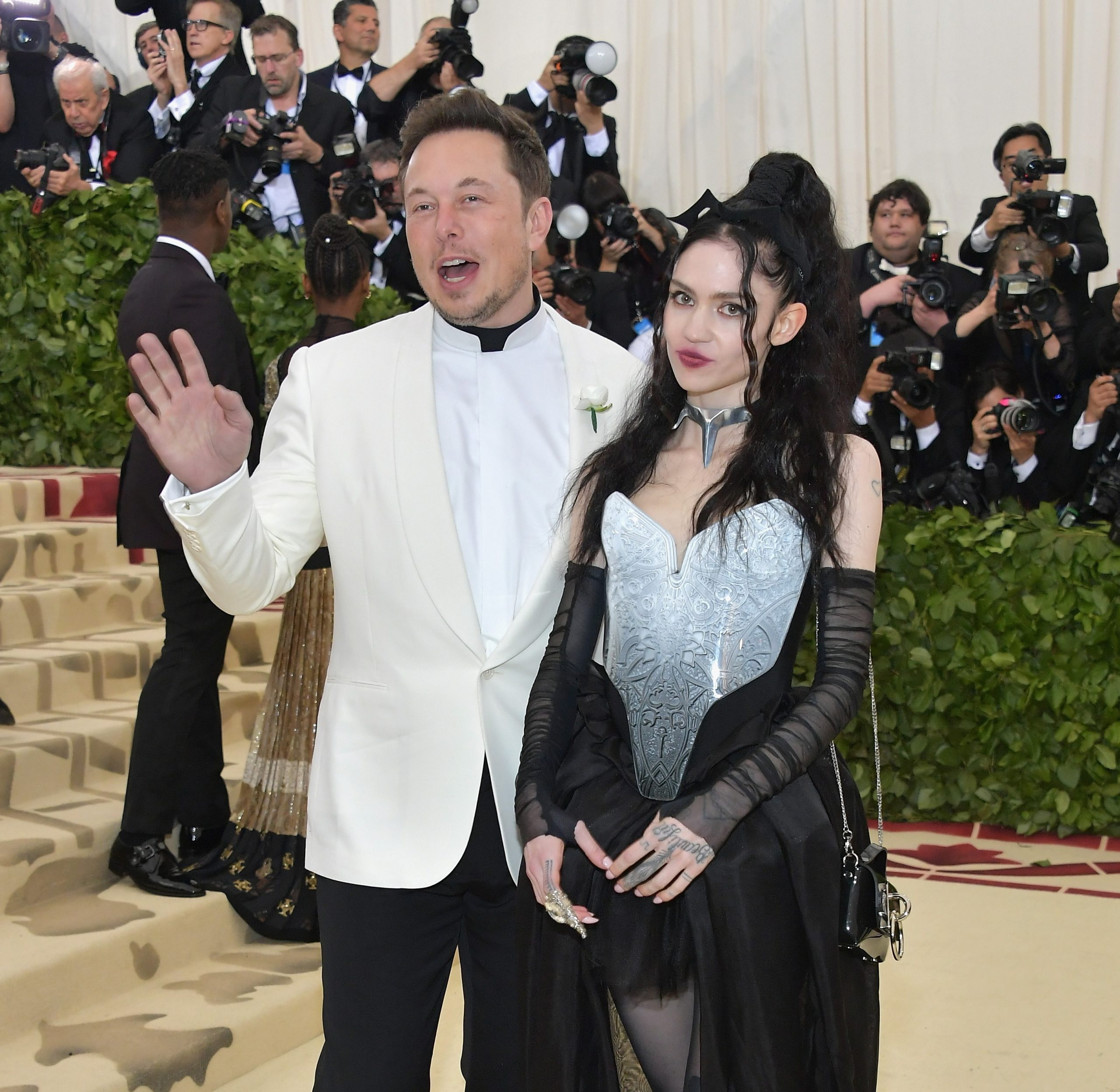 """Grimes Again Defends Elon Musk On TikTok: """"Stop Harassing Me On This App"""""""