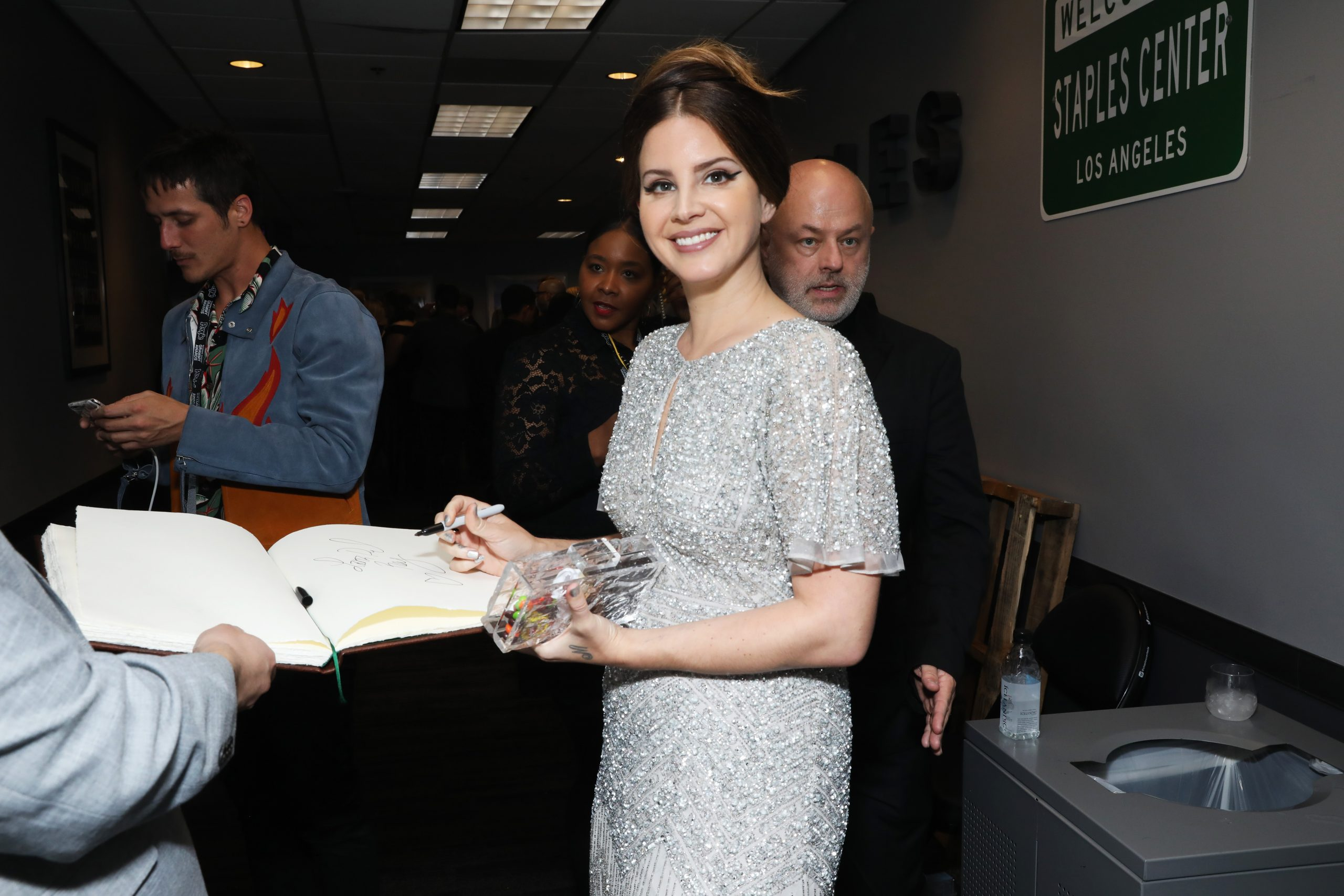 """Lana Del Rey Quits Social Media: """"I Have So Many Other Interests And Jobs"""""""