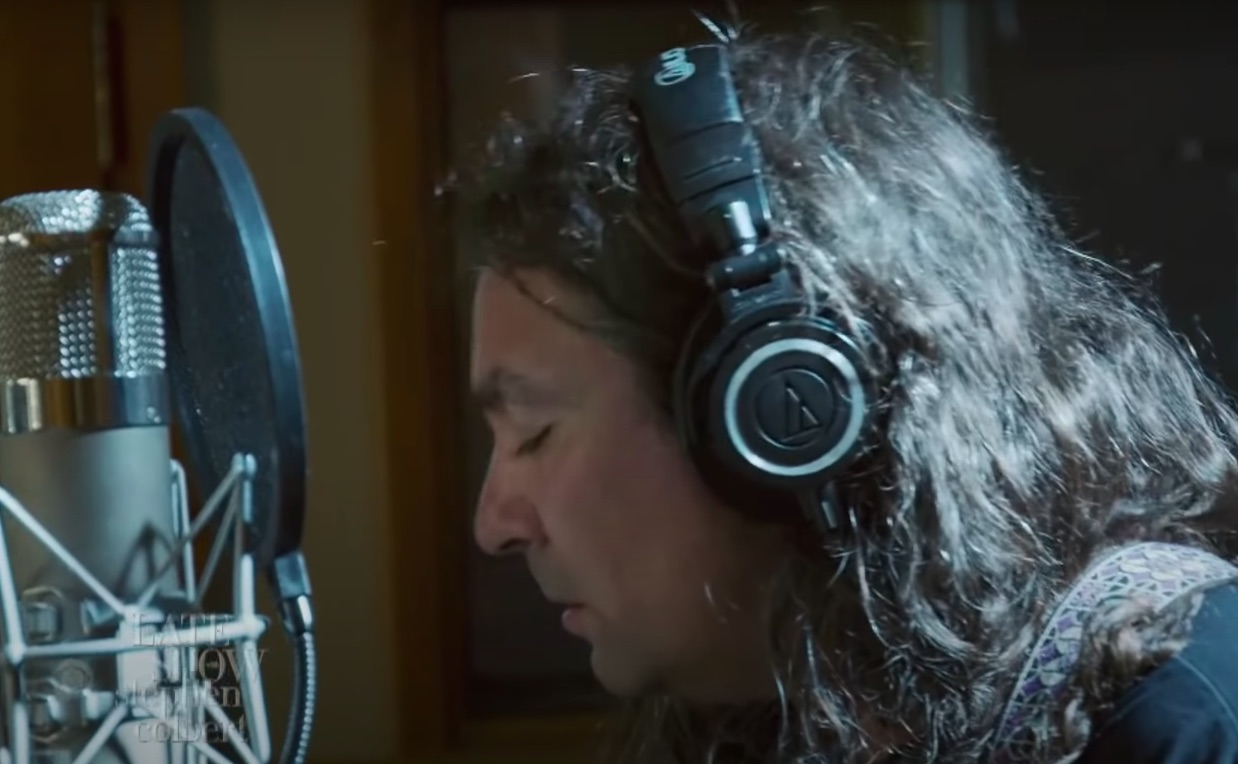 """Watch The War On Drugs Play A Lovely Live-In-Studio """"Living Proof"""" On Colbert"""
