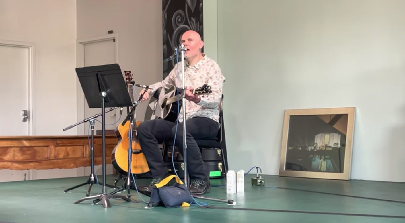 Watch Billy Corgan Unearth Pre-Smashing Pumpkins Songs At Acoustic Madame Zuzu's Gig