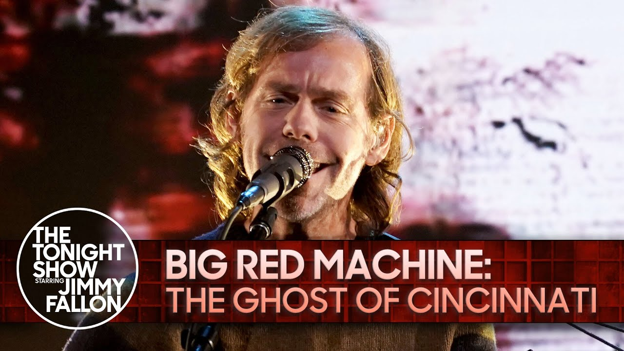 """Watch Big Red Machine's Aaron Dessner Play A Solo Acoustic """"The Ghost Of Cincinnati"""" On The Tonight Show"""